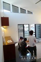 オープンハウス:「2階リビングの家」二日目4