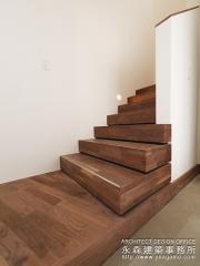 こだわりの階段