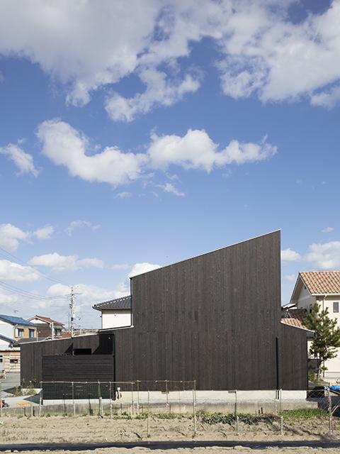オープンハウス:『切妻を片流れ屋根にリフォームした家』のお知らせ!