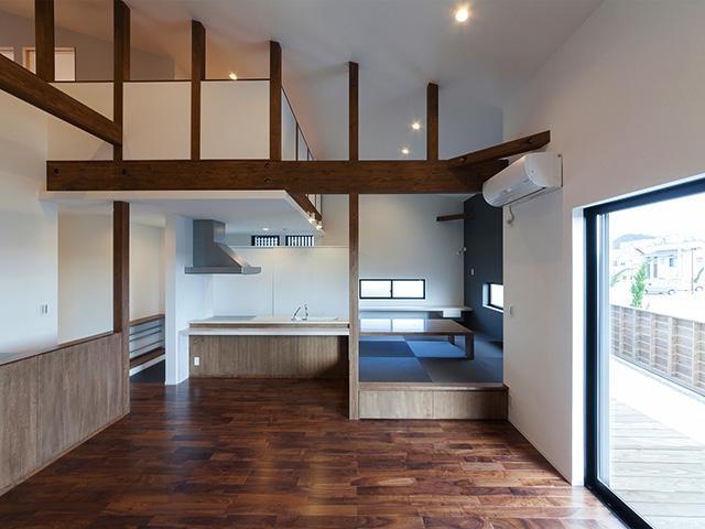つながりがあるキッチンと和室の空間!