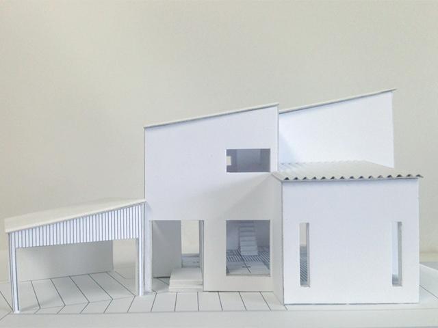変形敷地を最大限活用した家の建築模型!