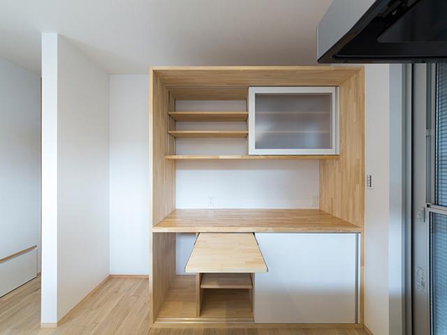 造り付けのキッチン収納棚!