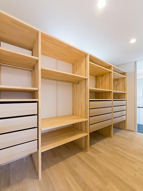 大容量の造り付け家具!