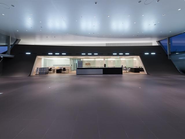 『Audi神戸西』ショールームのカウンター!