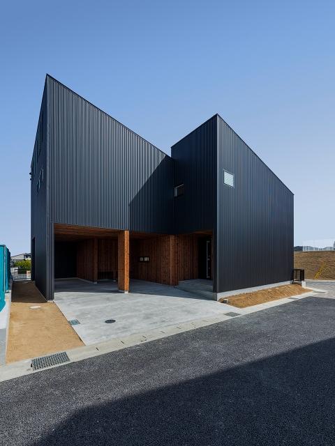 太陽光発電を考慮し、南に片流れの屋根の家!昼景