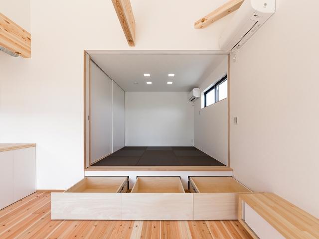 床下収納の造り付け家具!