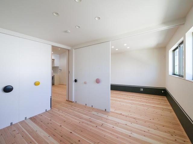 成長に合わせて間仕切り壁設置を考慮した子供部屋