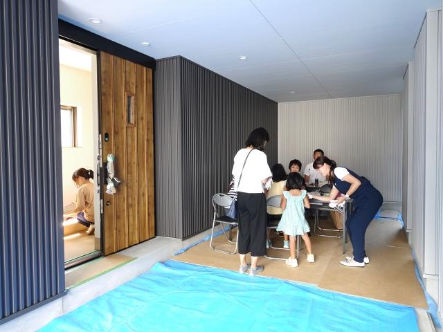 「24坪の狭小敷地に建つ家」オープンハウス2
