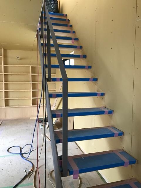 鉄骨階段!