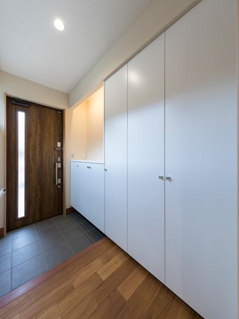 造り付け家具の玄関収納!1