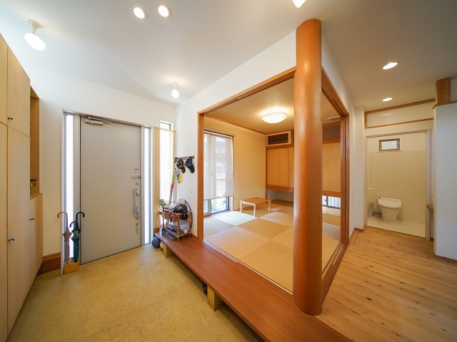 玄関横の多目的和室!2
