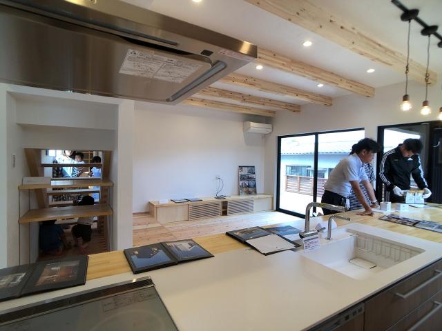 「一体型キッチンを楽しむ家」オープンハウス5